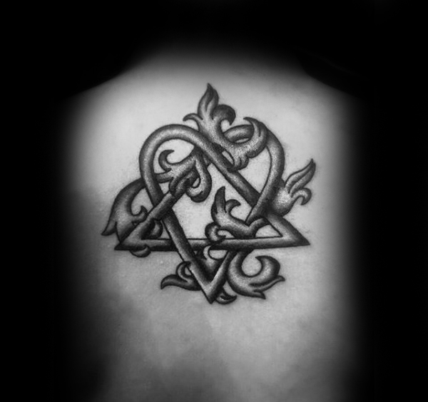 Male With Decorative Shaded Heartagram Back Tattoo