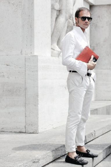 Guys All White Outfit Bisnis Ide Desain Gaya Kasual