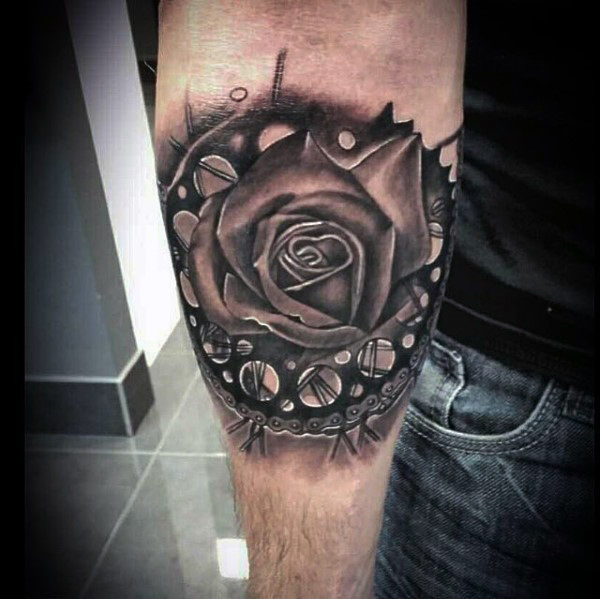 Guys Ritzel Rose Blume innere Unterarm Tattoo Designs