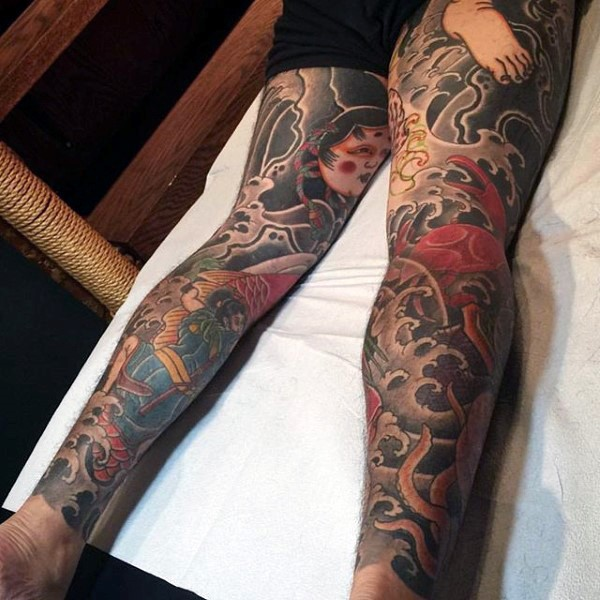 Hommes traditionnels's Japanese Tattoo On Legs