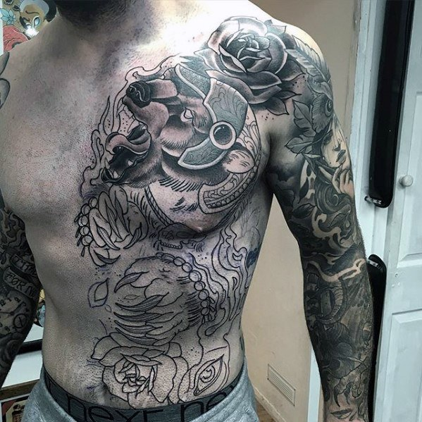 Half Chest Epic Ideas para hombres de tatuaje