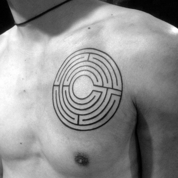 Gentleman kanssa Labyrinth Tattoo