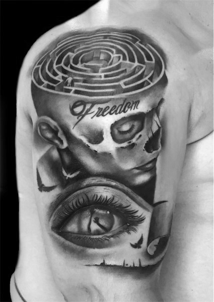 Guys Cool Labyrinth Tattoo Ideat