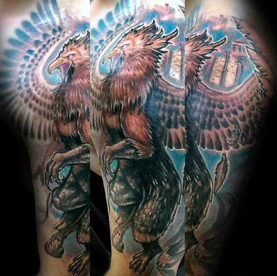 Artistic Male Griffin Arm Tattoos para hombres