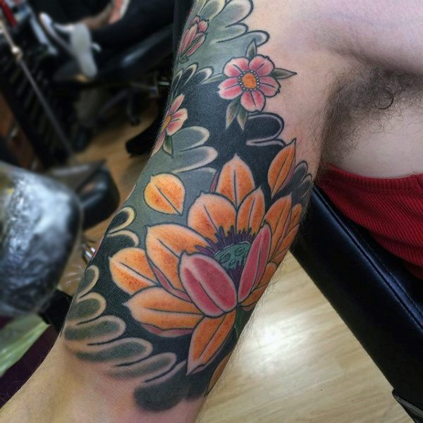 Mens Quarter Sleeves Japanese Blossoms Tattoo