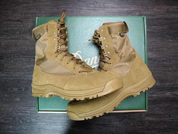 Reviews Danner Tanicus Mens Boots With Moisture Wicking Liner