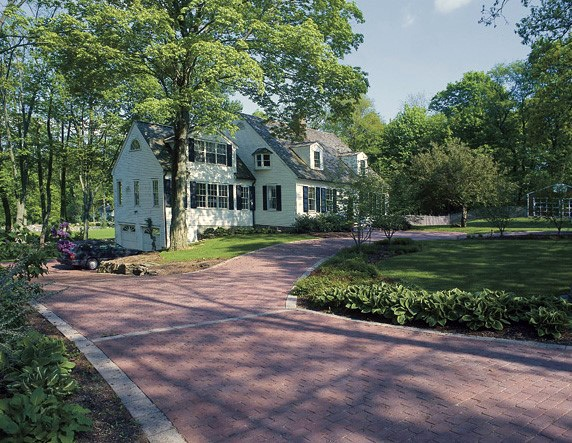 Red Brick Pavers Driveway Edging Ideas