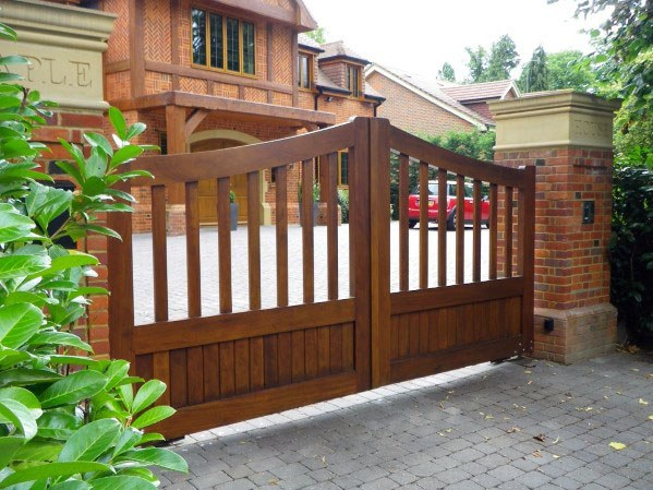 Exterior Driveway Designs Wooden Gate