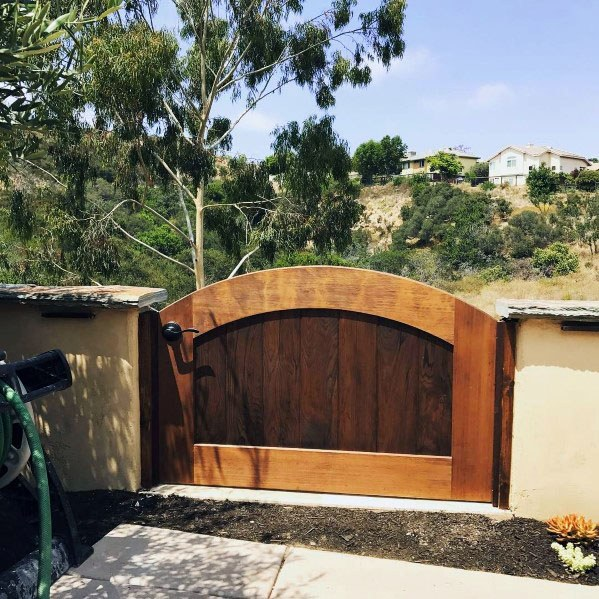 Cool Arched Wooden Gate Design Ideas