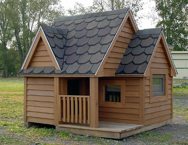 Traditional Wood Cool Dog Houses