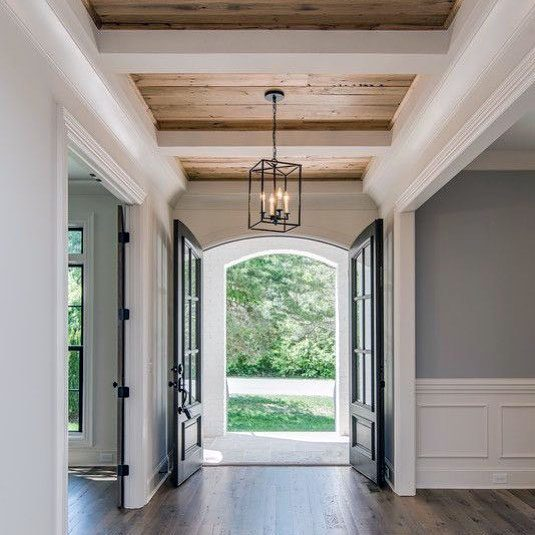 Awesome Rustic Ceiling Ideas For Foyer