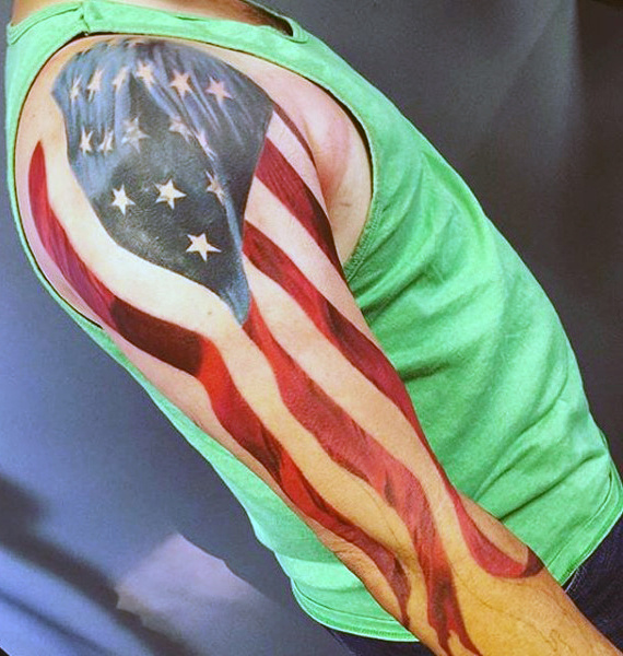 Hiha Man With American Flag Tatuointi