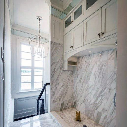 Nice Marble Tile Home Dog Station Ideas interiores
