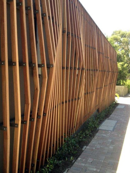 Creative Wooden Fence Home Ideas