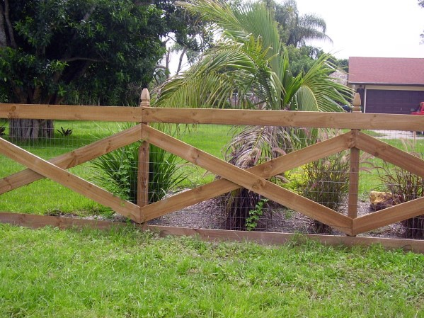 Good Ideas For Wooden Fence